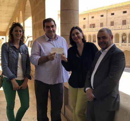 Petits Cellers i el Consell de Mallorca lliuren la recaptació solidària de la Nit del Vi a Fundació Vicente Ferrer