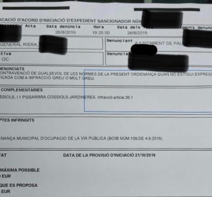 CORT MULTA A LOS PEQUEÑOS COMERCIANTES POR TENER MACETAS EN CALLE MIENTRAS ES PERMISIVO CON EL TOP MANTA