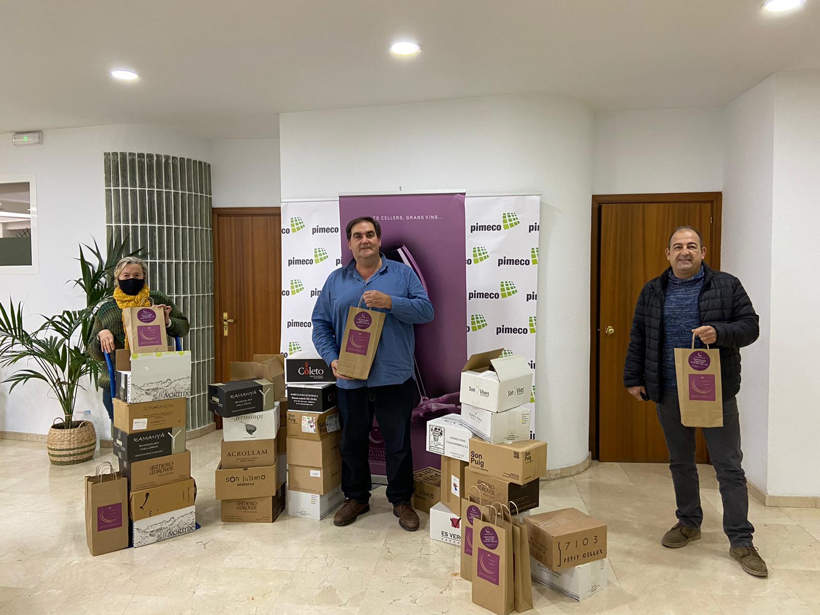 PETITS CELLERS LLIURA 212 BOTELLES DE VI A LA FUNDACIÓ PRODIS